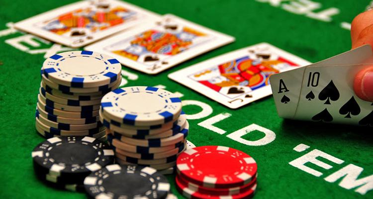Học hỏi mẹo đánh bài tiến lên gian lận trong việc chia bài